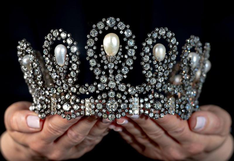Sotheby's tiara